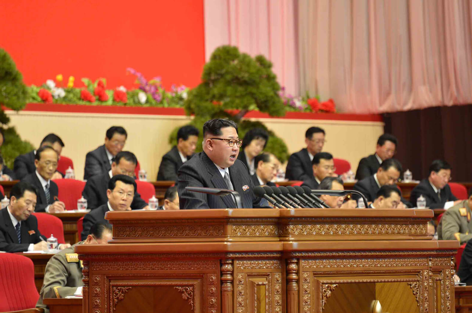 Kim Jong Un presiding over the Seventh Congress of the Workers' Party of Korea in May 2016